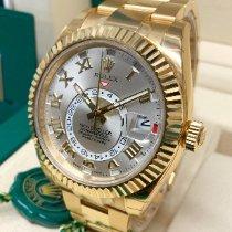 Rolex Sky-Dweller Yellow gold 42mm Silver Roman numerals