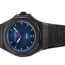 Girard Perregaux Laureato Titanium 44mm Blue No numerals