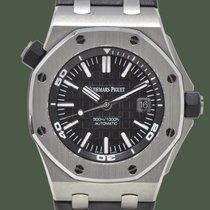 Audemars Piguet Royal Oak Offshore Diver 15710ST.OO.A002CA.01 2016 gebraucht