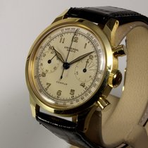 Universal Genève 12482 Very good Yellow gold 38,5mm Manual winding