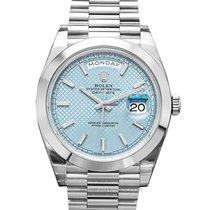 Rolex Day-Date 40 pre-owned 40mm Blue Date Platinum