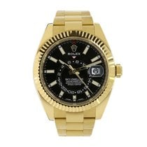 Rolex Yellow gold Automatic White No numerals 42mm pre-owned Sky-Dweller