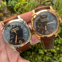 Panerai Special Editions Yellow gold Black Arabic numerals United States of America, California, Los Angeles
