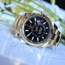 Rolex Sky-Dweller Yellow gold 42mm Black Arabic numerals UAE, Dubai