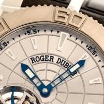 Roger Dubuis Easy Diver Otel 48mm Argint Fara cifre