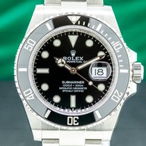 Rolex Submariner Date new Automatic Watch with original box and original papers 126610LN