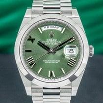 Rolex Day-Date 40 Платина Зеленый Римские