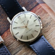 Tudor Yellow gold Manual winding Gold pre-owned Black Bay Steel
