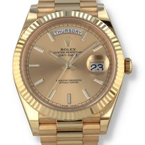 Rolex Yellow gold Automatic Champagne 40mm pre-owned Day-Date 40