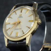 Omega Yellow gold 34mm Automatic 14704-61 pre-owned