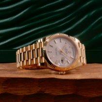 Rolex Day-Date 40 Or jaune 40mm Argent France, Paris