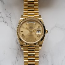Rolex Day-Date 40 Or jaune 40mm Or Romains