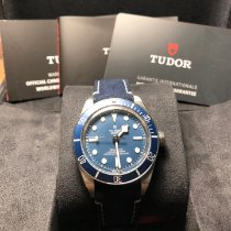 Tudor pre-owned Automatic 39mmmm Blue Sapphire crystal 20 ATM
