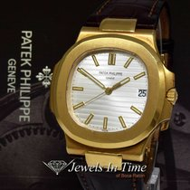 Patek Philippe Yellow gold Automatic Silver 40.5mm pre-owned Nautilus