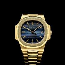 Patek Philippe Nautilus Gelbgold 36mm Blau Schweiz
