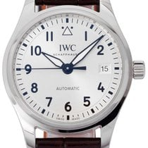 IWC Pilot's Watch Automatic 36 pre-owned 36mm Leather