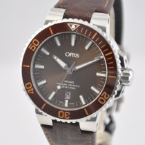 Oris Aquis Date Steel 43.5mm Brown United States of America, Ohio, Mason