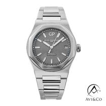 Girard Perregaux Laureato new 2020 Automatic Watch with original box and original papers 81010-11-231-11A