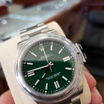 Rolex Oyster Perpetual Acero 41mm Verde Sin cifras