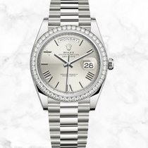 Rolex Day-Date 40 White gold 40mm Silver Roman numerals