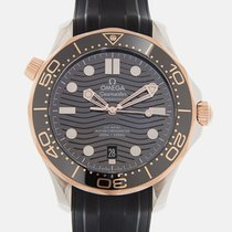 Omega Seamaster Diver 300 M 210.22.42.20.01.002 New Gold/Steel 42mm Automatic