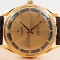 Universal Genève Polerouter Yellow gold 34mm Gold