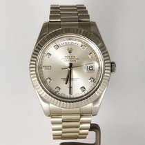 Rolex Day-Date II Oro blanco 41mm Plata Romanos