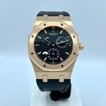 Audemars Piguet Royal Oak Dual Time occasion 39mm Noir Date Cuir de crocodile