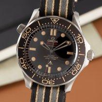 Omega Seamaster Diver 300 M neu 2020 Automatik Uhr mit Original-Box und Original-Papieren 210.92.42.20.01.001