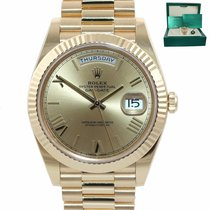 Rolex Day-Date 40 Yellow gold 40mm Champagne Roman numerals United States of America, New York