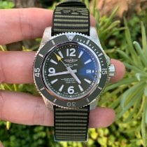 Breitling Superocean 44 occasion 44mm Vert Date Textile