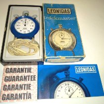 Leonidas Watch pre-owned 1972 Plastic 43mm Arabic numerals Manual winding Watch with original box and original papers