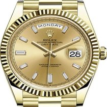 Rolex Day-Date 40 Or jaune 40mm Champagne Sans chiffres