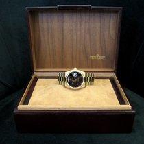 Rolex Day-Date Oysterquartz Zuto zlato 36mm Crn Bez brojeva