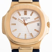 Patek Philippe 5711J-001 Yellow gold 2008 Nautilus 40mm pre-owned
