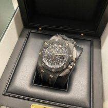 Audemars Piguet Royal Oak Offshore Chronograph occasion 44mm Noir Chronographe Date Cuir