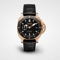 Panerai Luminor Submersible Rose gold 42mm Black No numerals United States of America, Iowa, Des Moines