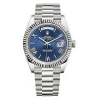 Rolex Day-Date 40 Or blanc 40mm Bleu Romains