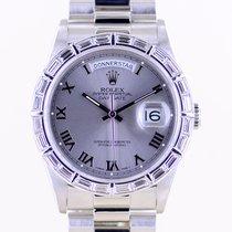 Rolex Platino Automático Plata Romanos 36mm usados Day-Date 36