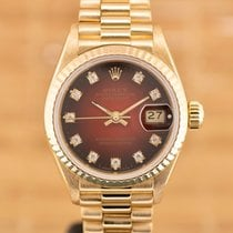 Rolex Lady-Datejust Yellow gold 26mm Red No numerals