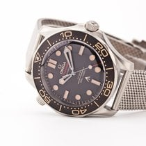 Omega 210.90.42.20.01.001 New Titanium 42mm Automatic United States of America, New Jersey, Oradell