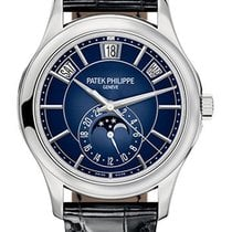 Patek Philippe Annual Calendar White gold 40mm Blue United States of America, New York, NY