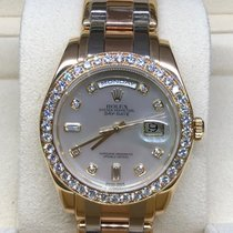 Rolex Day-Date Yellow gold 39mm Mother of pearl No numerals UAE, Dubai