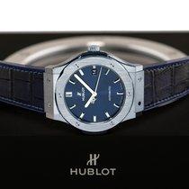 Hublot Classic Fusion Blue pre-owned 45mm Blue Crocodile skin