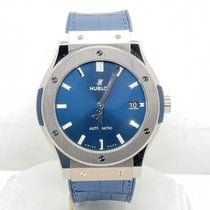 Hublot Classic Fusion Blue pre-owned 45mm Blue Date Rubber
