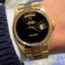 Rolex Day-Date 36 Gult guld 36mm Sort Ingen tal