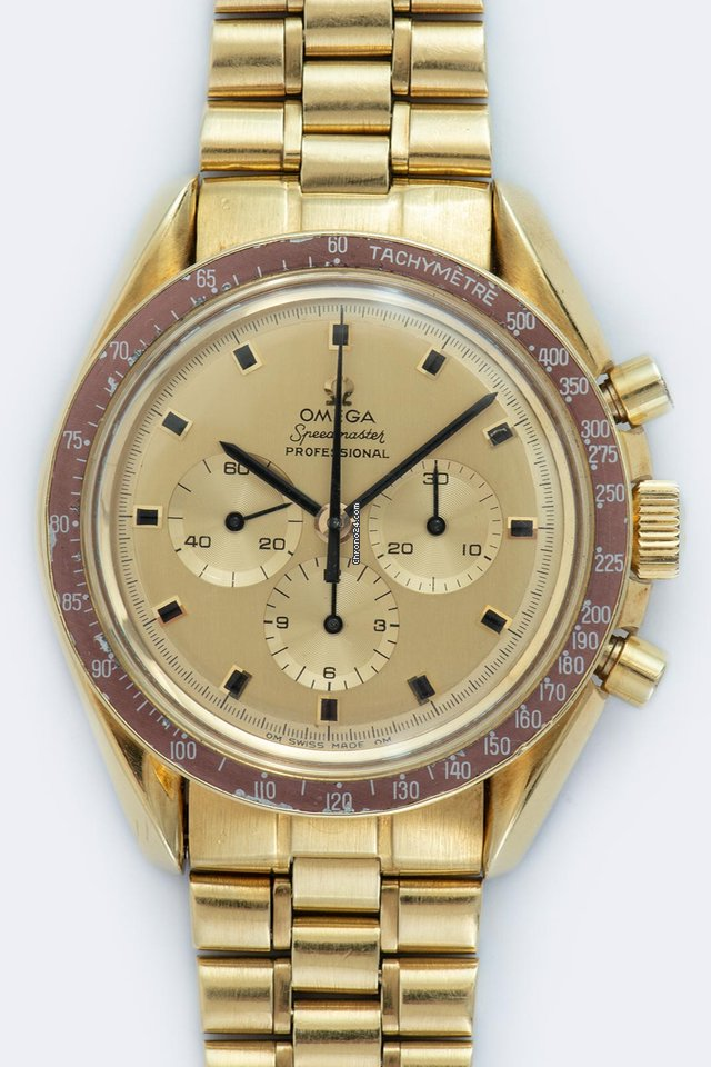 Omega Speedmaster Professional Moonwatch 145.022 1969 pre-owned