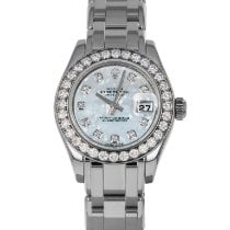 Rolex Lady-Datejust Pearlmaster pre-owned 29mm Mother of pearl Date White gold
