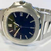 Patek Philippe Nautilus 5711/1P-001 Very good Platinum 40mm Automatic