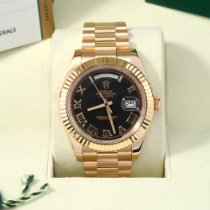 Rolex Day-Date II Yellow gold 41mm Black Roman numerals